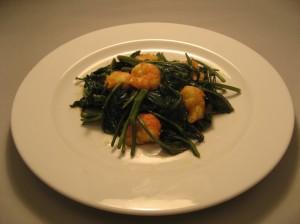 空心菜とエビの炒め