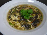 黒胡麻豆腐の酸辣湯