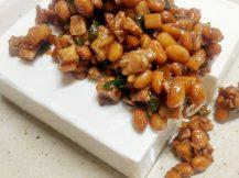 野菜と納豆とミンチのそぼろ豆腐