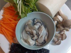 活カキとおろし大根とシャキシャキ水菜のスープ